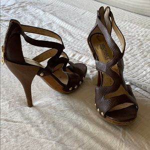 Michael Kors brown heels with a zip back size 7